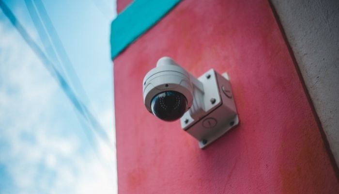 How to Connect CCTV Camera to Laptop Without DVR