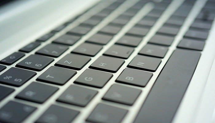 howmuch does it cost to replace a laptop keyboard