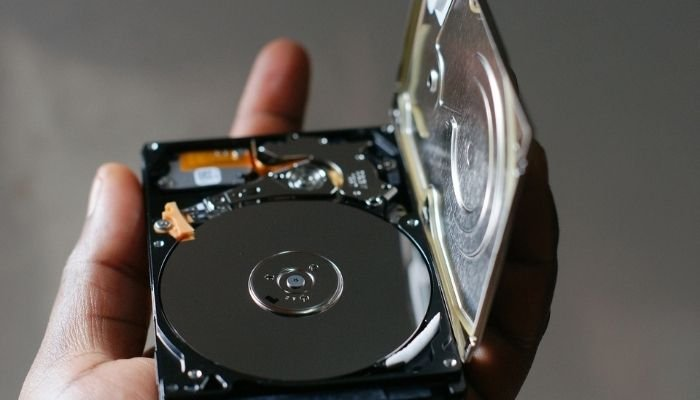 Howto Connect a Laptop Hard Drive to a Desktop